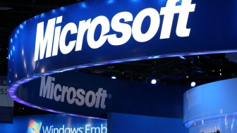 Microsoft hits market value to $600 billion